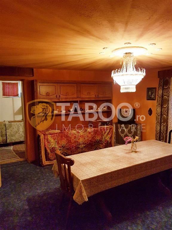 Casa cu 2 camere de vanzare in Sebes judetul Alba 1