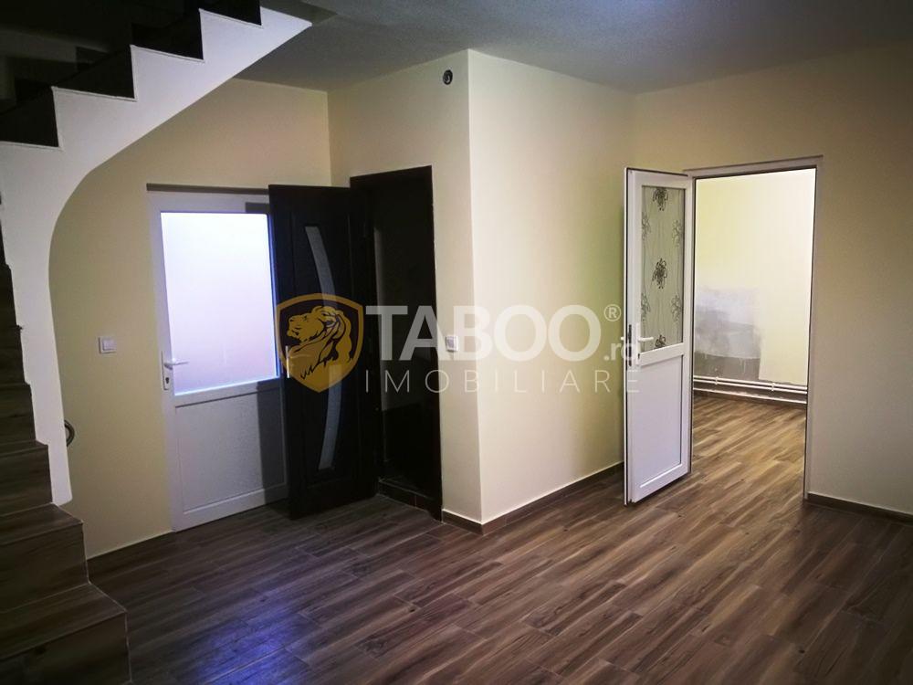 Apartament la casa cu 3 camere si 2 bai 112 gradina in Viile Sibiului 1