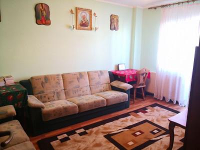 Apartament 4 camere decomadate 2 bai Bulevardul Mihai Viteazu Sibiu