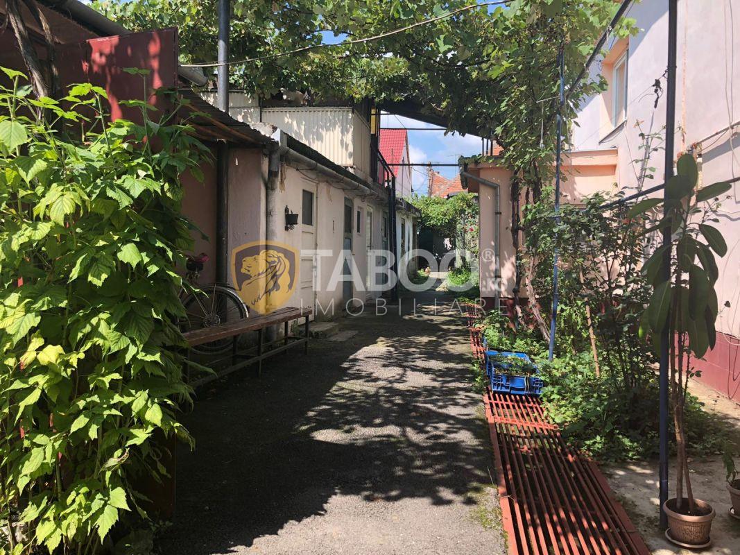 Casa 4 camere cu garaj de vanzare in Sibiu zona Lazaret 1
