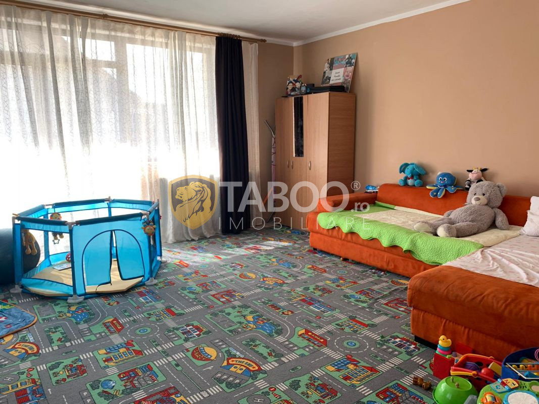 Casă de vânzare tip duplex 4 camere în zona Arhitecților din Sibiu 1