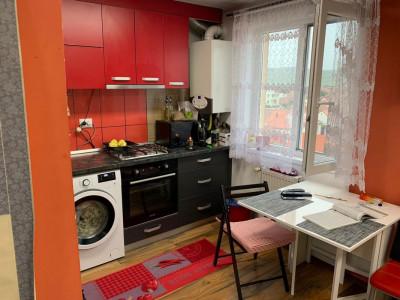 Apartament de vânzare cu 2 camere la mansardă în Sibiu zona Lazaret