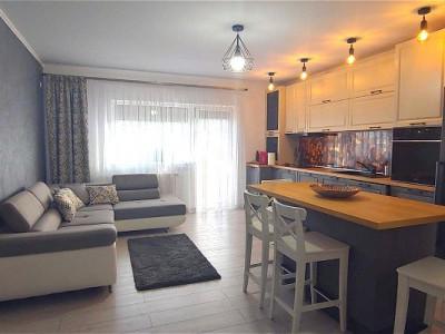 Apartament 3 camere balcon si 2 locuri de parcare de vanzare Selimbar