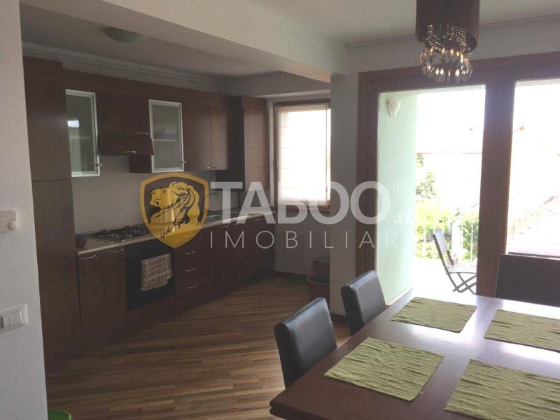 Apartament cu 3 camere 89 mp de inchiriat pe Calea Dumbravii in Sibiu 1