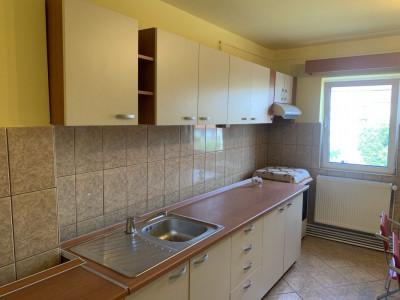 Apartament cu 3 camere de inchiriat zona Strand in Sibiu