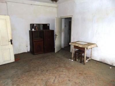 Apartament cu 3 camere de vanzare zona Bulevardul Victoriei