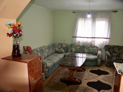 Vila cu 6 camere de vanzare in Sacel judetul Sibiu