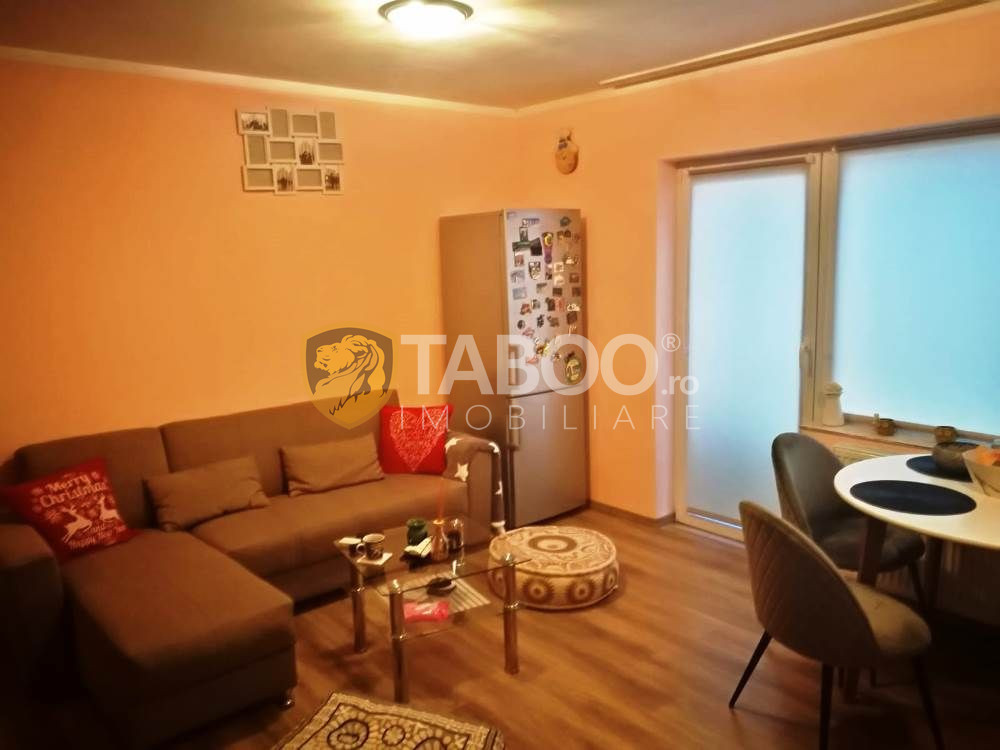 Apartament modern decomandat 3 camere 3 balcoane zona Calea Cisnadiei 2