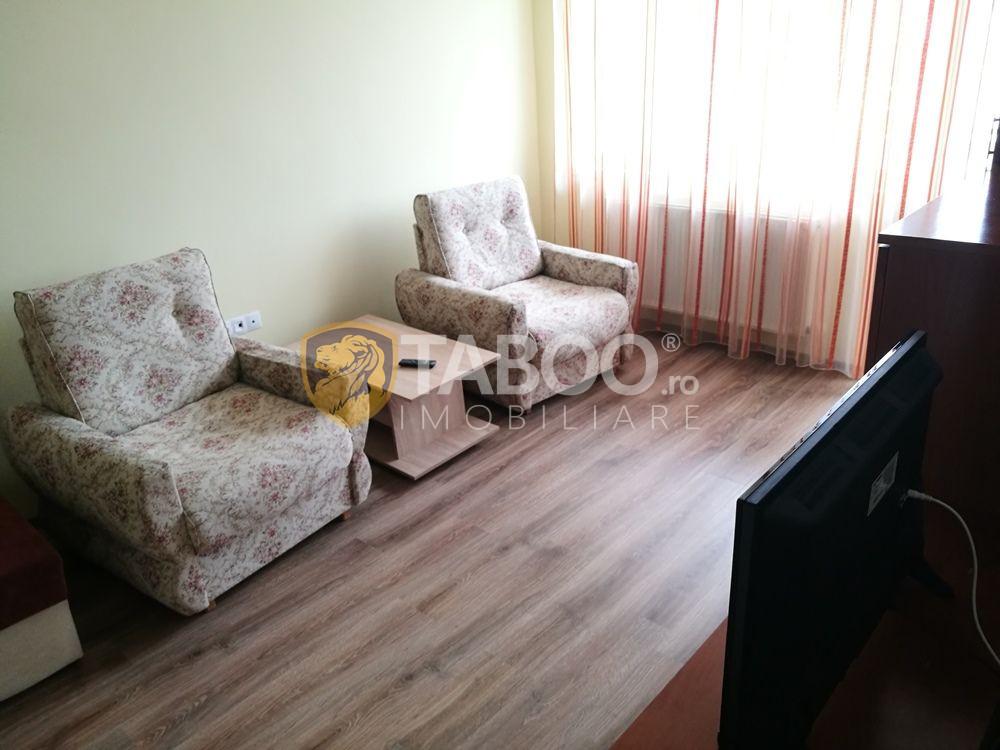 Apartament cu 2 camere decomandate de inchiriat in Sibiu zona Ciresica 1