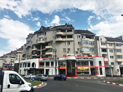 Spatiu comercial zona Alba Iulia 268 mp utili de vanzare