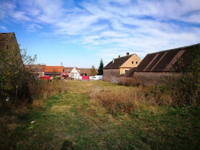 Teren intravilan de 3000 mp pentru investitie in zona de Vest Sibiu