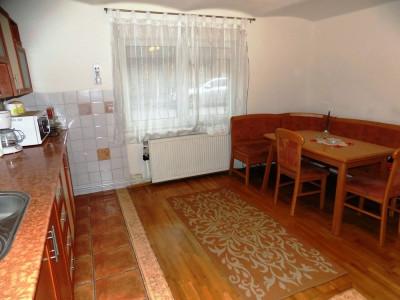 Casa cu 2 corpuri de vanzare in Cisnadie judetul Sibiu