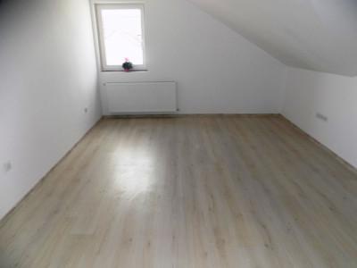 Apartament cu 3 camere de vanzare in zona Calea Cisnadiei din Sibiu