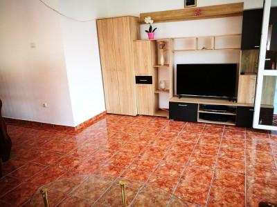 Apartament cu 2 camere decomandate etaj 2 zona Trei Stejari Sibiu