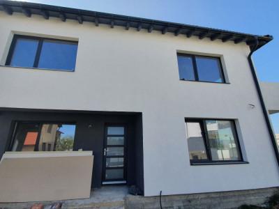 Casa cu 4 camere de vanzare in Selimbar zona Triajului Comision 0