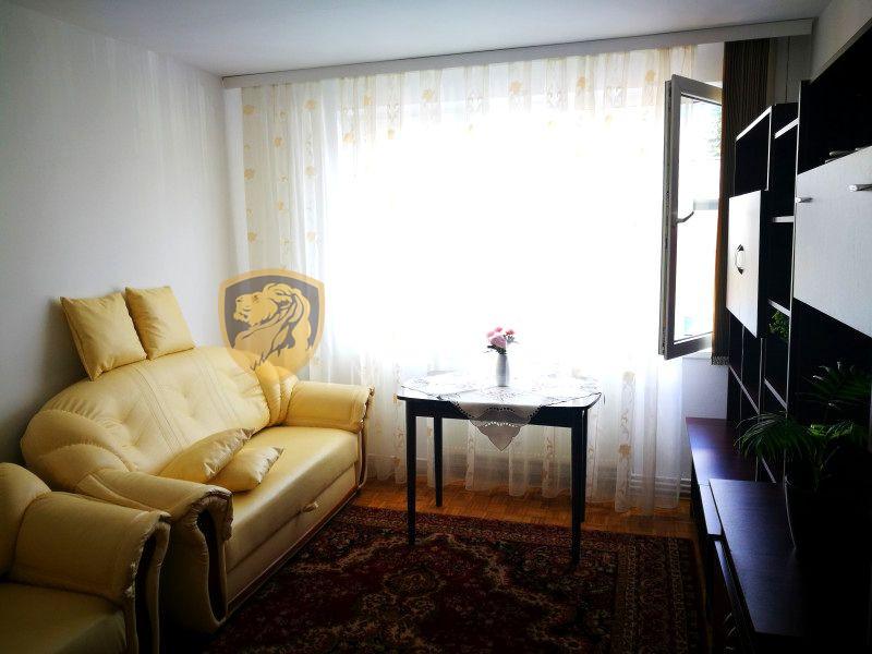 Apartament de inchiriat cu 3 camere decomandate in Sibiu zona Centrala 1