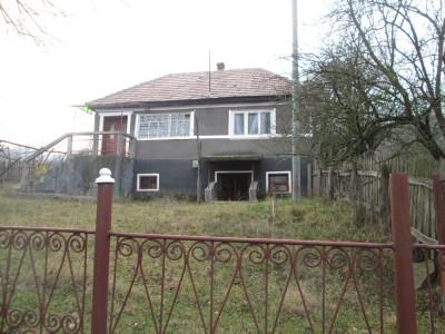 Casa cu 2 camere de vanzare in Criseni judetul Alba