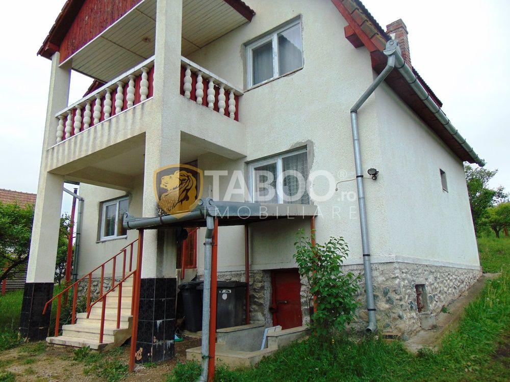 Casa cu 5 camere si 1500 mp teren de inchiriat in Daia Noua Sibiu 1
