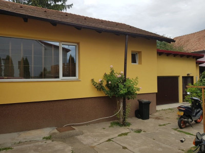 Casa de vanzare cu 4 camere in Sebes zona Centrala judetul Alba