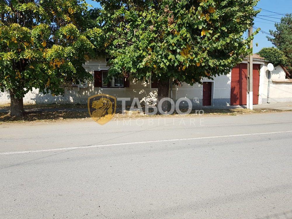 Casa saseasca cu 6 camere de vanzare in Petresti judetul Alba 1