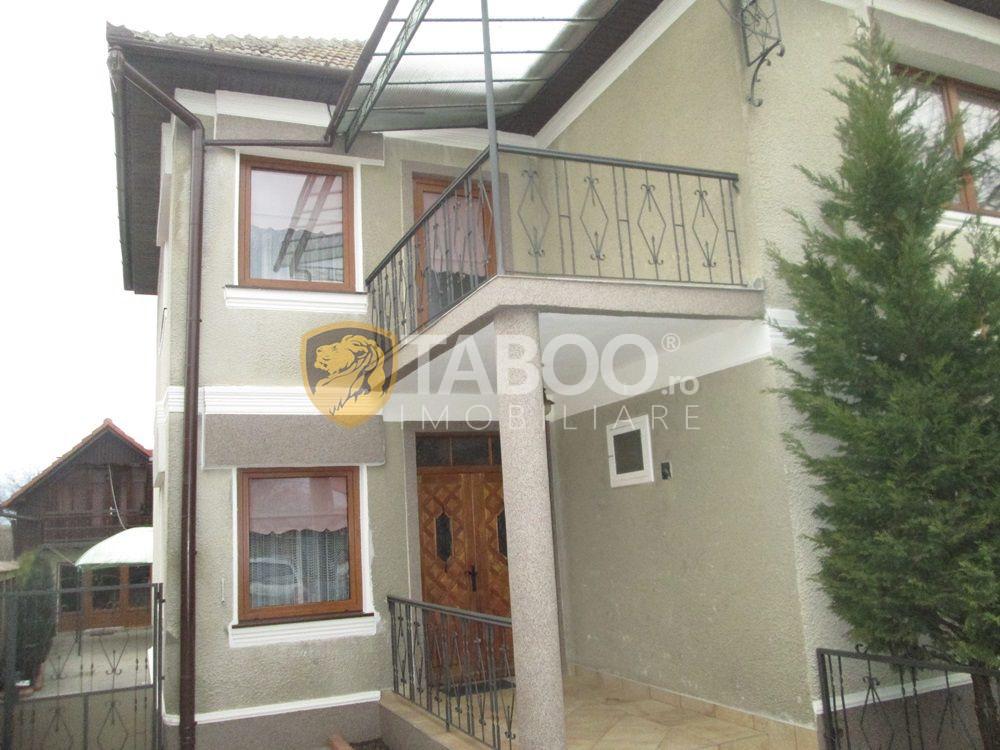 Casa de vanzare cu 6 camere in Sebes zona Centrala 1