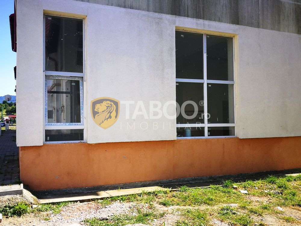 Spatiu comercial de inchiriat in Cisnadie 60 mp 2