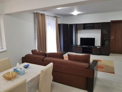 Apartament 4 camere cu scara interioara de inchiriat in Sebes