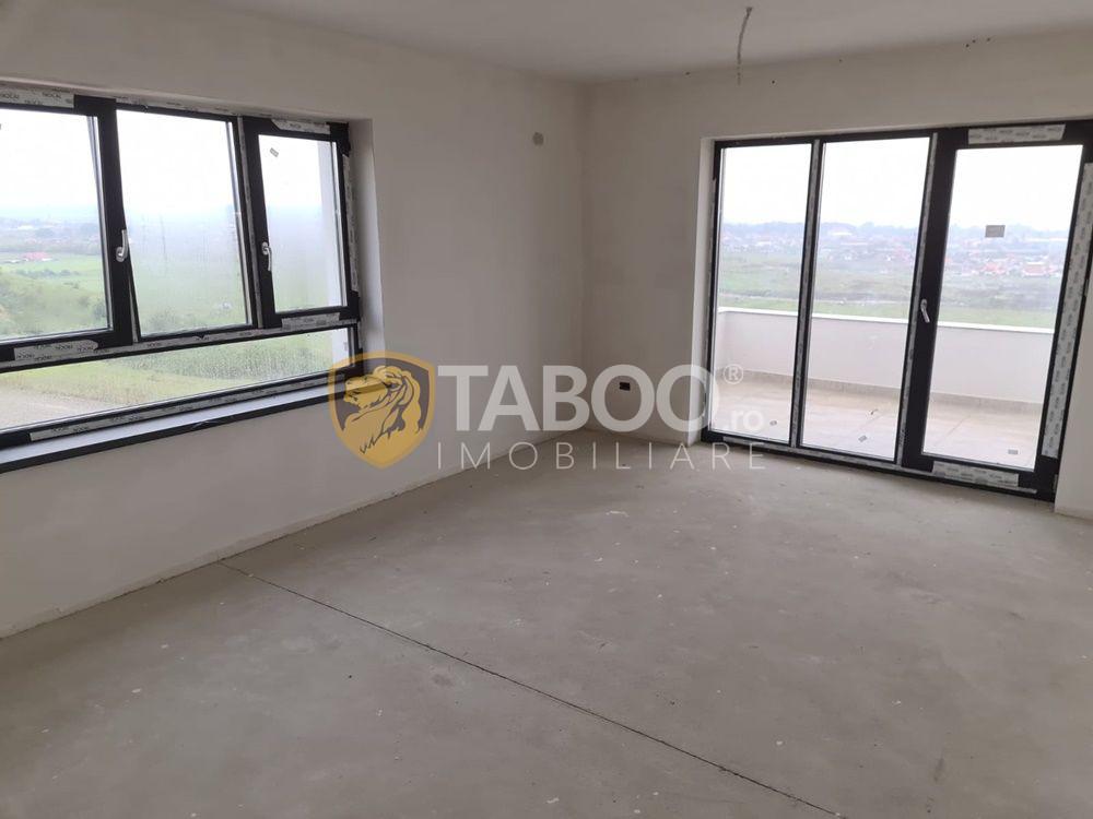 Apartament nou cu 3 camere decomandate de vanzare in Sebes 1
