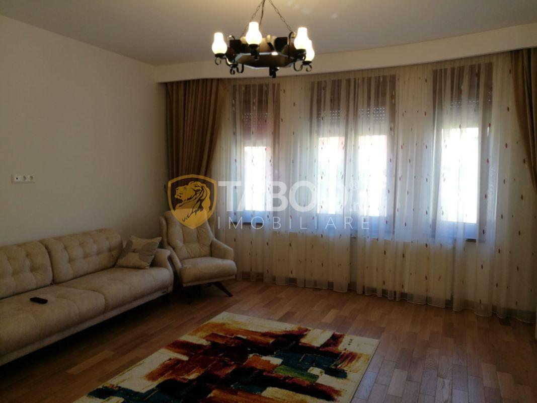 Casa cu 6 camere 205 mp utili de vanzare in Sibiu zona Lupeni 1