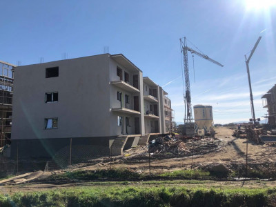 Apartament nou bucatarie inchisa balcon de vanzare zona Mihai Viteazul