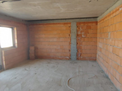Apartament de vanzare cu 2 camere si loc de parcare in Selimbar