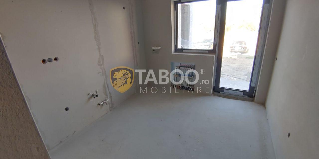 Apartament 51 mp utili balcon loc parcare de vanzare in Selimbar Sibiu 1