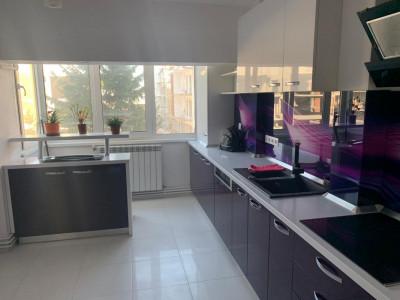 Apartament cu 4 camere în zona Vasile Aaron din Sibiu