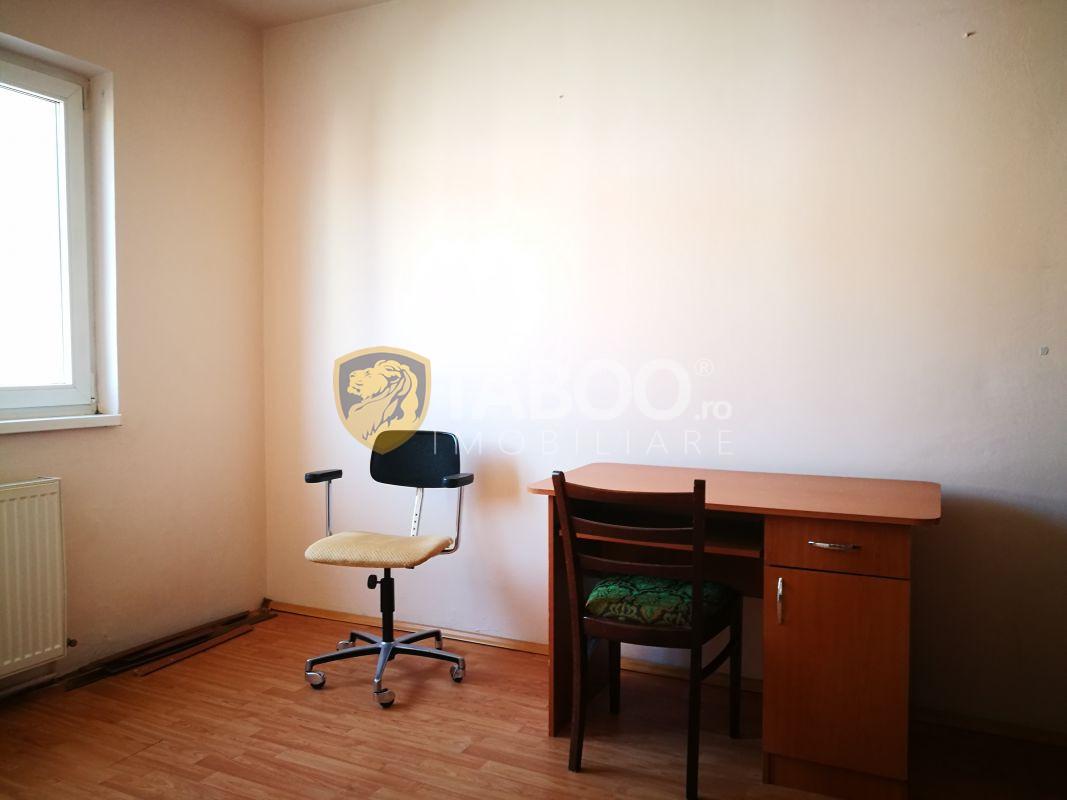 Apartament cu 2 camere mobilat si utilat in Sibiu zona Mihai Viteazu 1