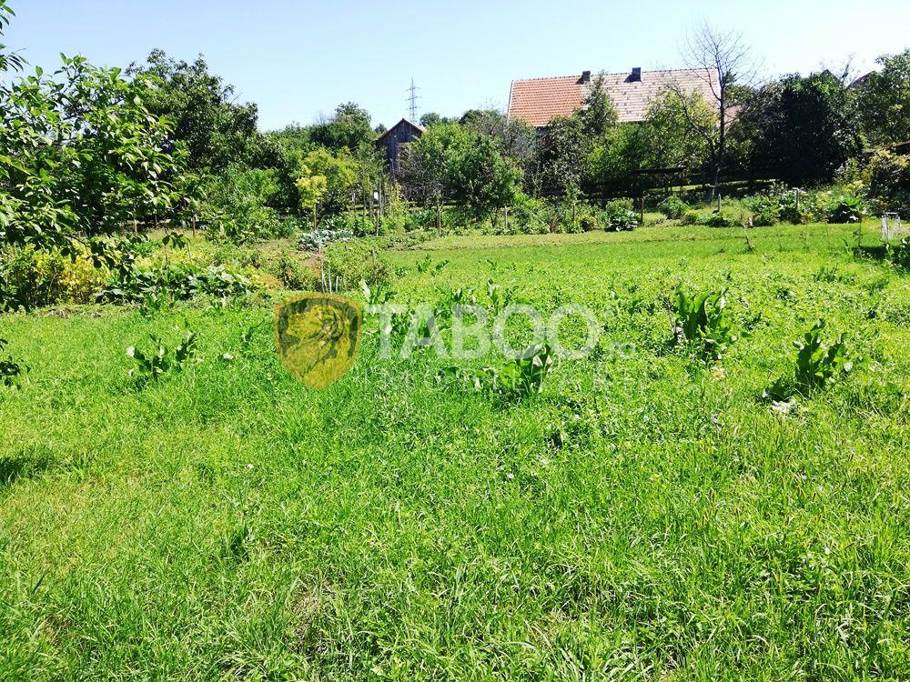 Casa singur in curte cu 3 camere si 1860 mp teren de vanzare in Sibiu 1