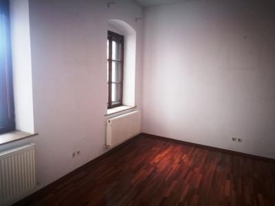 Spatiu de birouri cu 3 camere 50 mp de inchiriat zona Bulevardul Victoriei