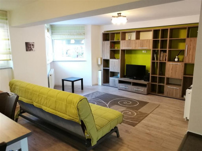 Apartament cu 3 camere de inchiriat in Sibiu zona Padurea Dumbrava