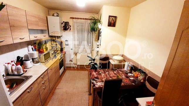 Apartament confort 1 cu 3 camere 2 bai si pivnita in Sibiu Terezian 1