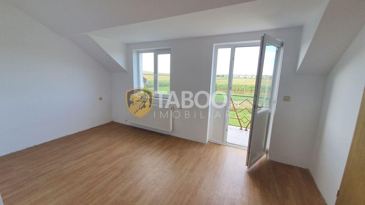 Casa de vanzare cu 3 camere in Sura Mica judetul Sibiu 1
