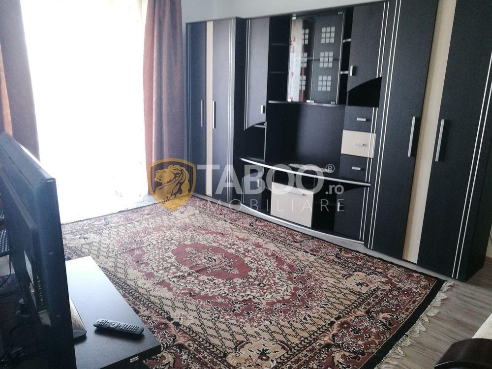 Apartament cu 2 camere decomandate de inchiriat Sibiu Calea Cisnadiei 1