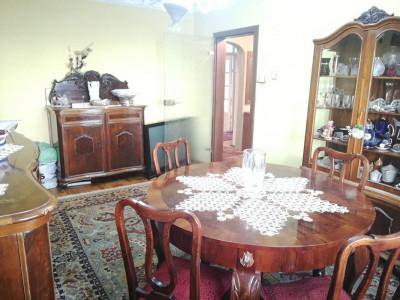 Apartament decomandat cu 4 camere etaj 1 zona Terezian din Sibiu