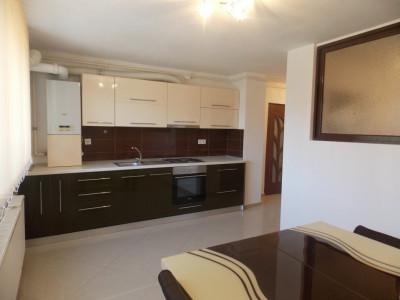 Apartament 3 camere 65 mp utili de vanzare in Sibiu zona Strand 2