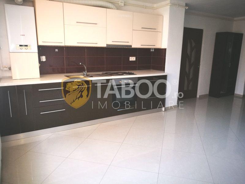 Apartament 2 camere 65 mp utili de vanzare in Sibiu zona Strand 2 3