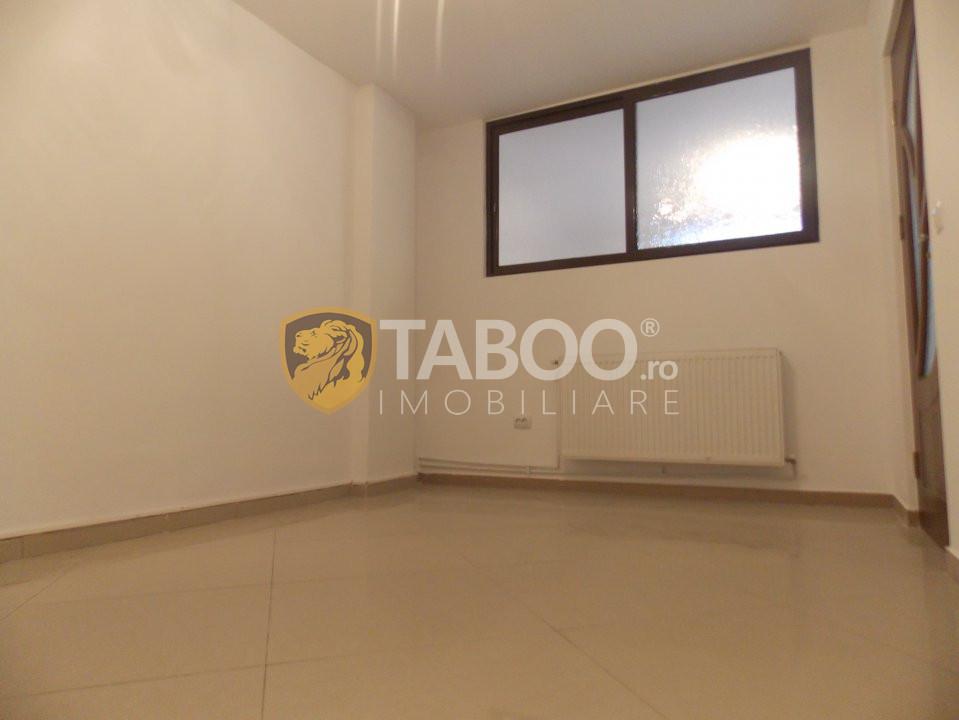 Apartament 3 camere 65 mp utili de vanzare in Sibiu zona Strand 2 9