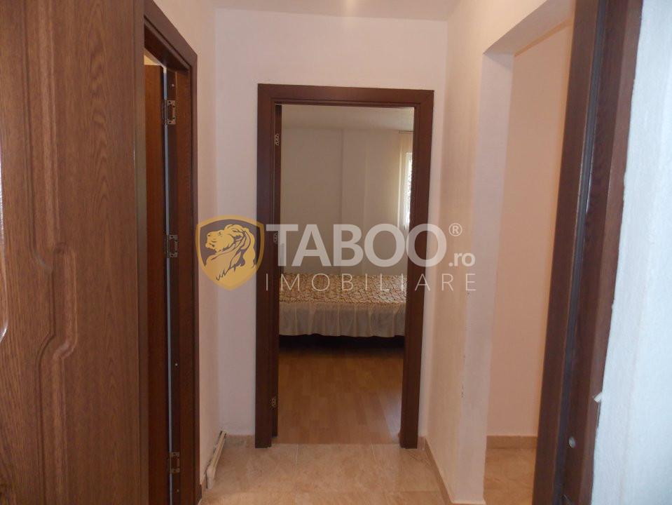 Apartament 3 camere 65 mp utili de vanzare in Sibiu zona Strand 2 11