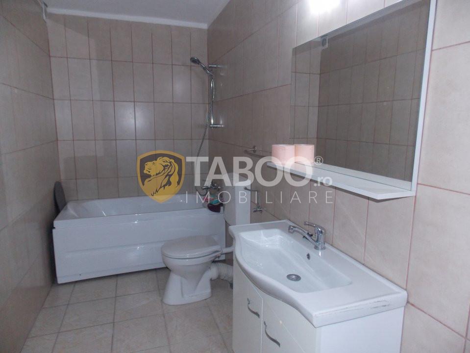 Apartament 3 camere 65 mp utili de vanzare in Sibiu zona Strand 2 12