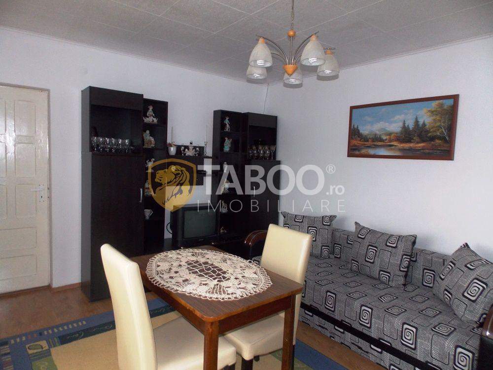 Casa cu 2 camere si 2000 mp teren de vanzare in Daia Noua Sibiu 1