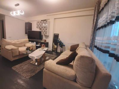 Apartament mobilat 2 camere si gradina 130 mp de vanzare in Sibiu