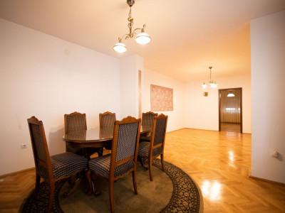 Casa individuala 130 mp utili si 214 mp curte in Sibiu zona Tiglari