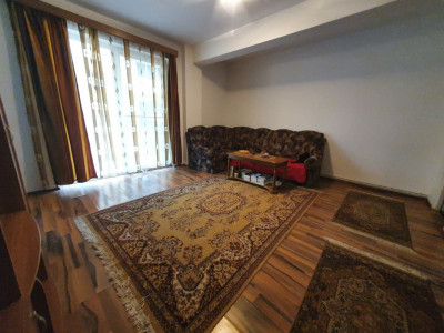 Apartament 3 camere etaj intermediar in Sibiu zona Turnisor